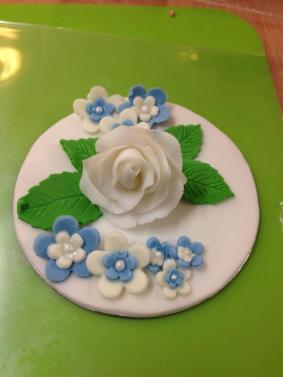 Mandys Cake Topper